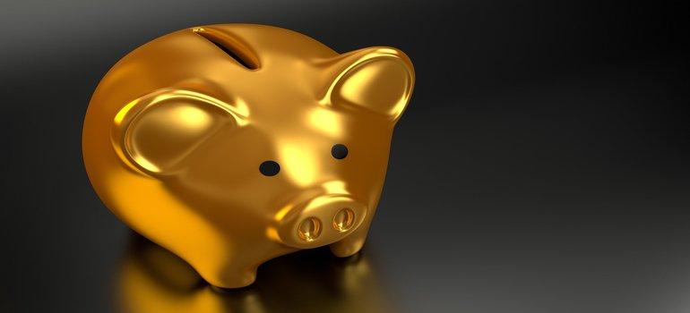 a golden piggy bank