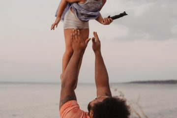 Moving tips for single parents with a father.