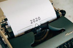 Typewriter with 2020.