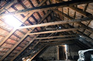 Attic - Learn how to turn your attic into a photography studio.