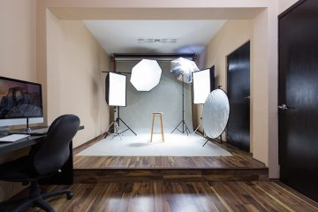 Photo studio - Learn how to turn your attic into a photography studio.