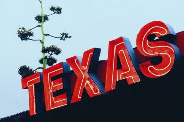 sign that says Texas, learn if Moving from San Antonio to a rural area – is it right for you